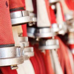 Instalação de equipamentos de combate contra incêndio