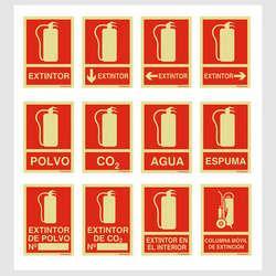 Sinalização de extintores na parede